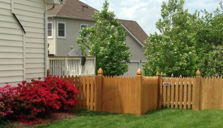 Hiring Fence Contractor
