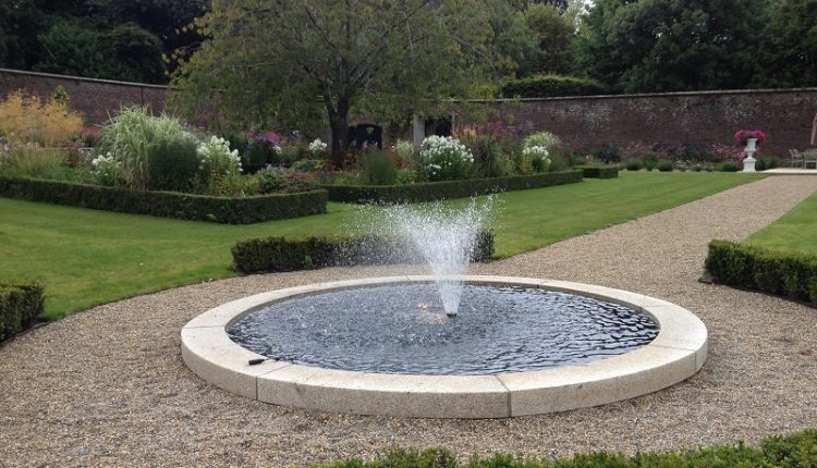 Modern Fountains and Ponds 1