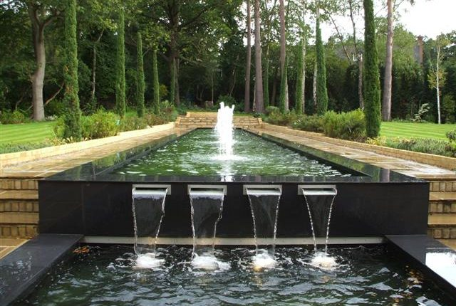 Modern Fountains and Ponds