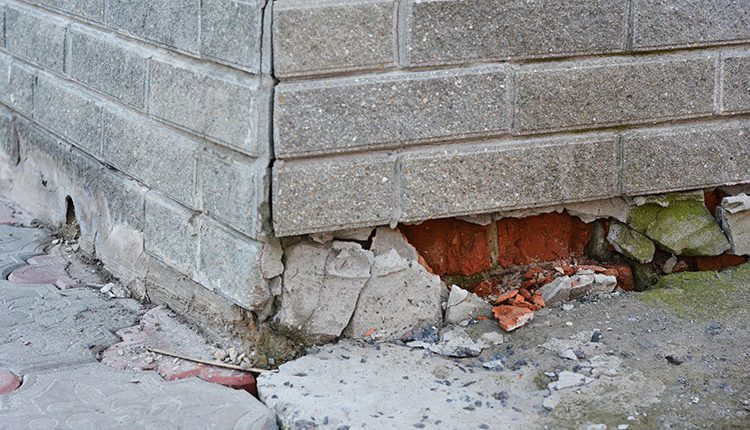 Signs of Foundation Problems