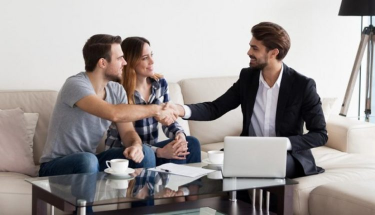 5 Things to Consider While Choosing a Real Estate Agent